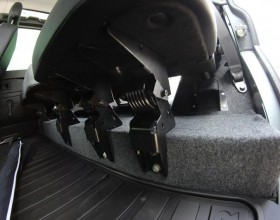 Land Rover Carpet Lined (12) (Copy)