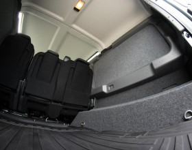 Land Rover Carpet Lined (7) (Copy)