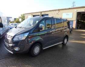 Window Fitting Ford Transit (3) (Copy)