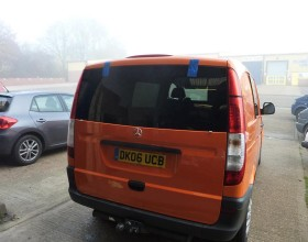 Window Fitting Mercedes Vito (3) (Copy)